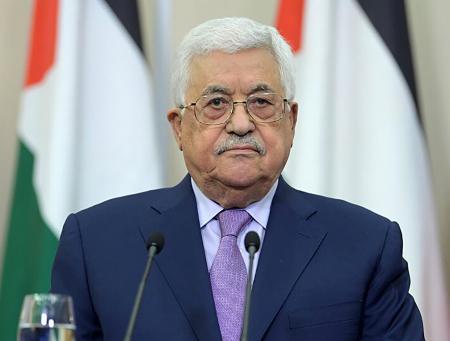 عباس يصدر رسمياً مرسوم تأجيل الانتخابات الفلسطينية