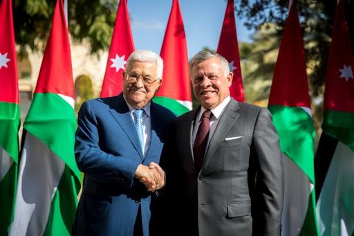 الصفدي ينقل رسالة شفوية من الملك إلى عباس