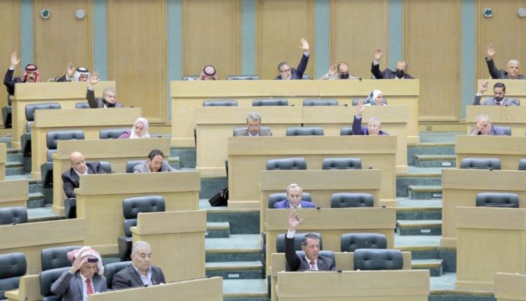 النواب يقر مشروع قانون البلديات واللامركزية